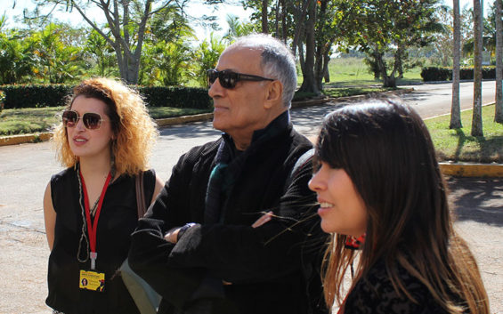 Kiarostami: o mundo perde um criador imprescindível e a escola um professor querido que deixará saudades.